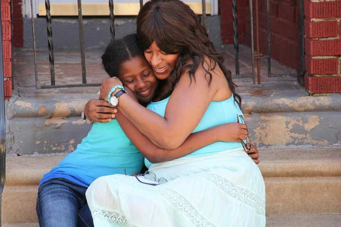 Young Dee (Tamika Tukes) and Darlene on set - inner child